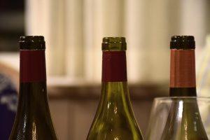 Botellas de vino asturiano